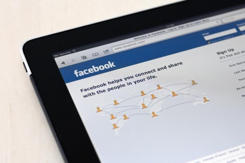 cambiar-idioma-facebook-a-espanol