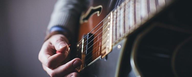 Afinadores de guitarra online